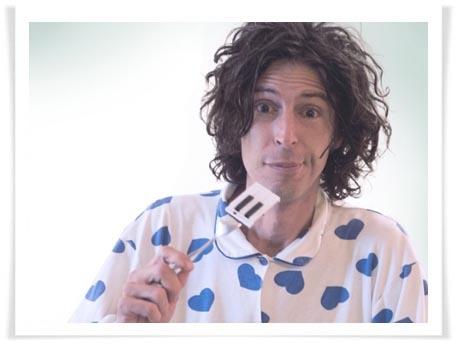 "Andy Chango inicia en Argentina la gira de ""El hombre nada"""